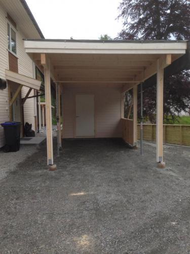 Ny carport med bod -4